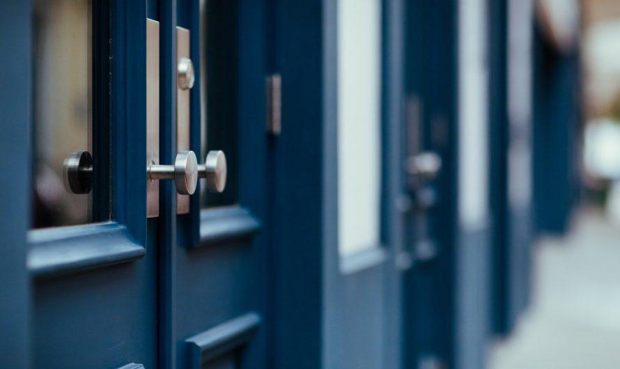 Comment poser une porte blindée d'appartement?